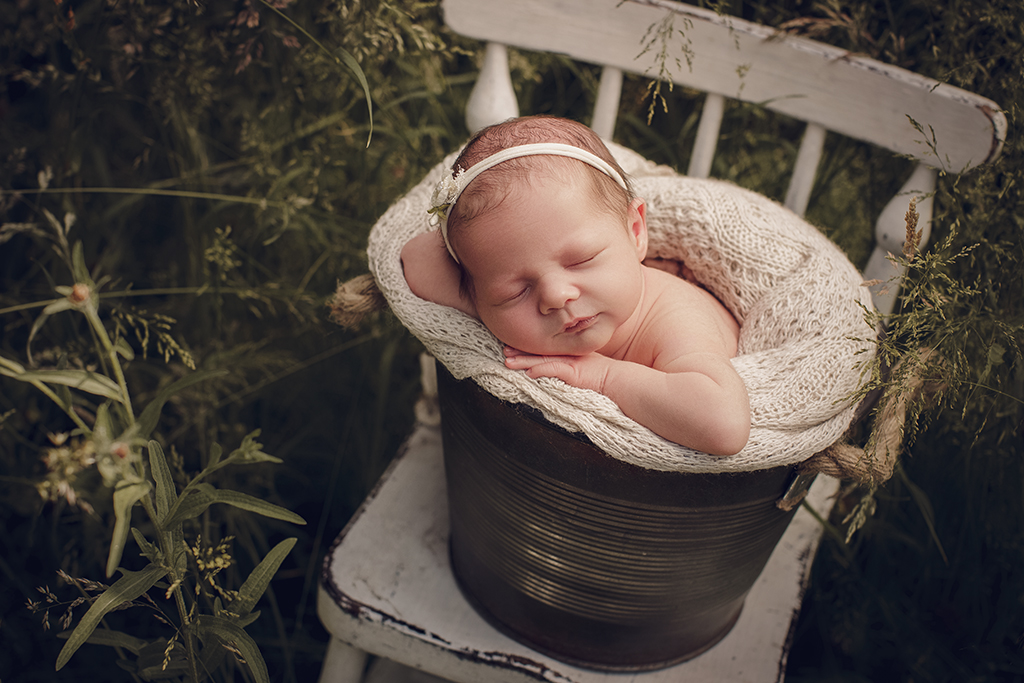 baby buiten fotoshoot newborncaptured by eef