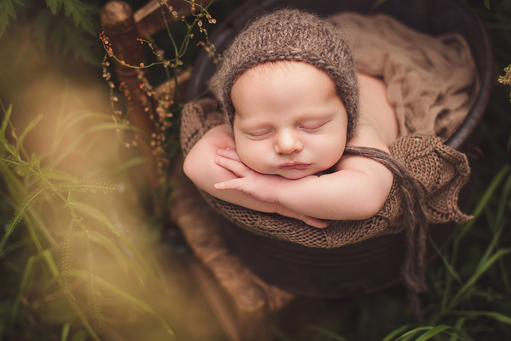 outdore baby shoot captured by eef